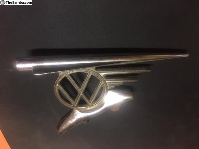 TheSamba com :: VW Classifieds - VW beetle Australian hood crest 1954