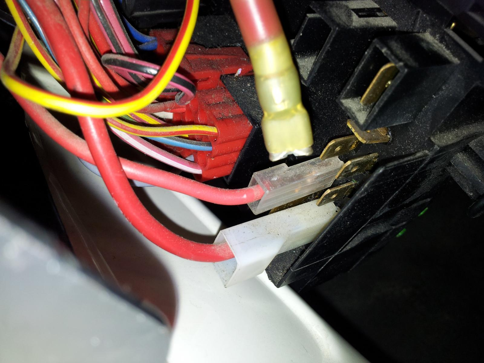 Image may have been reduced in size. Click image to view fullscreen. I  dropped the Fuse panel ...
