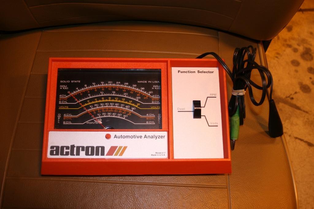 How do i hook up a tach dwell meter