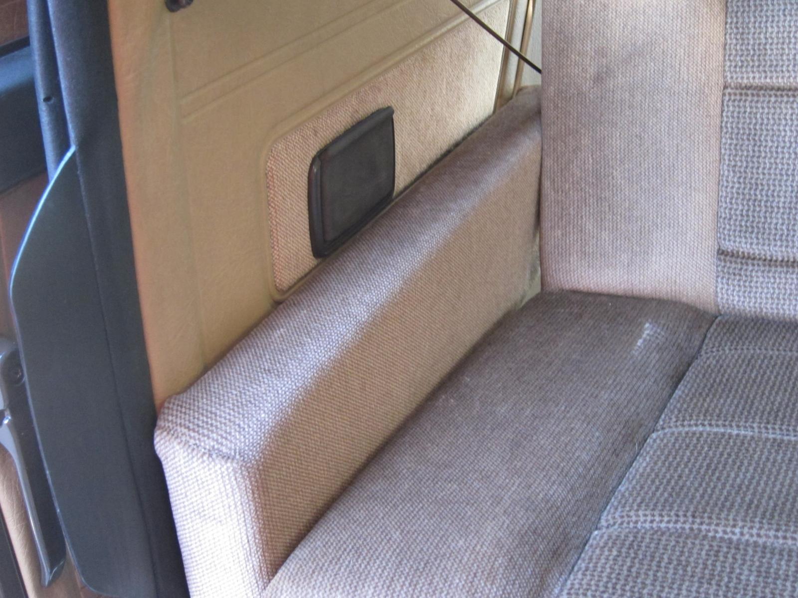 rear bench seat & armrest