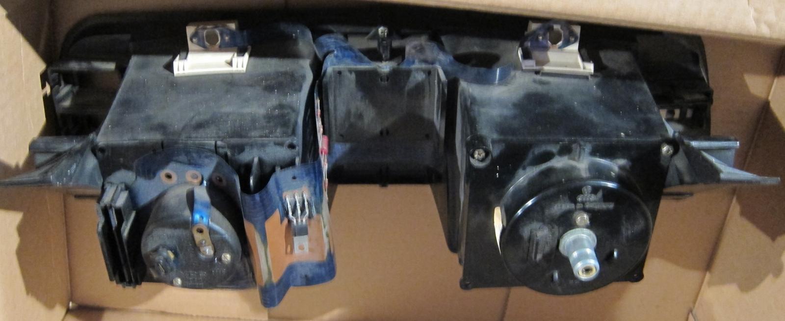 instrument panel 1985 rear