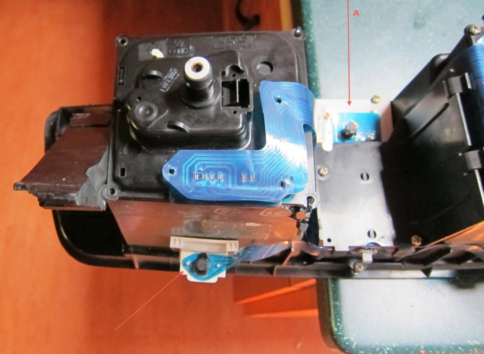 speedo - rear w blue foil