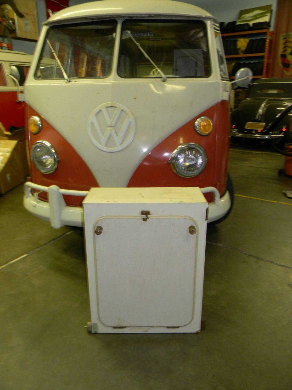 so34 SubHatch Westfalia Roll Out Cabinet