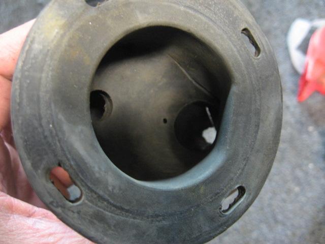 74-79 fuel filler hose