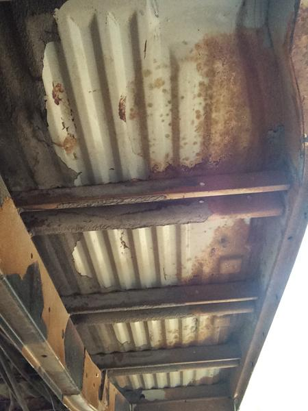 1978 Bus Underside Before