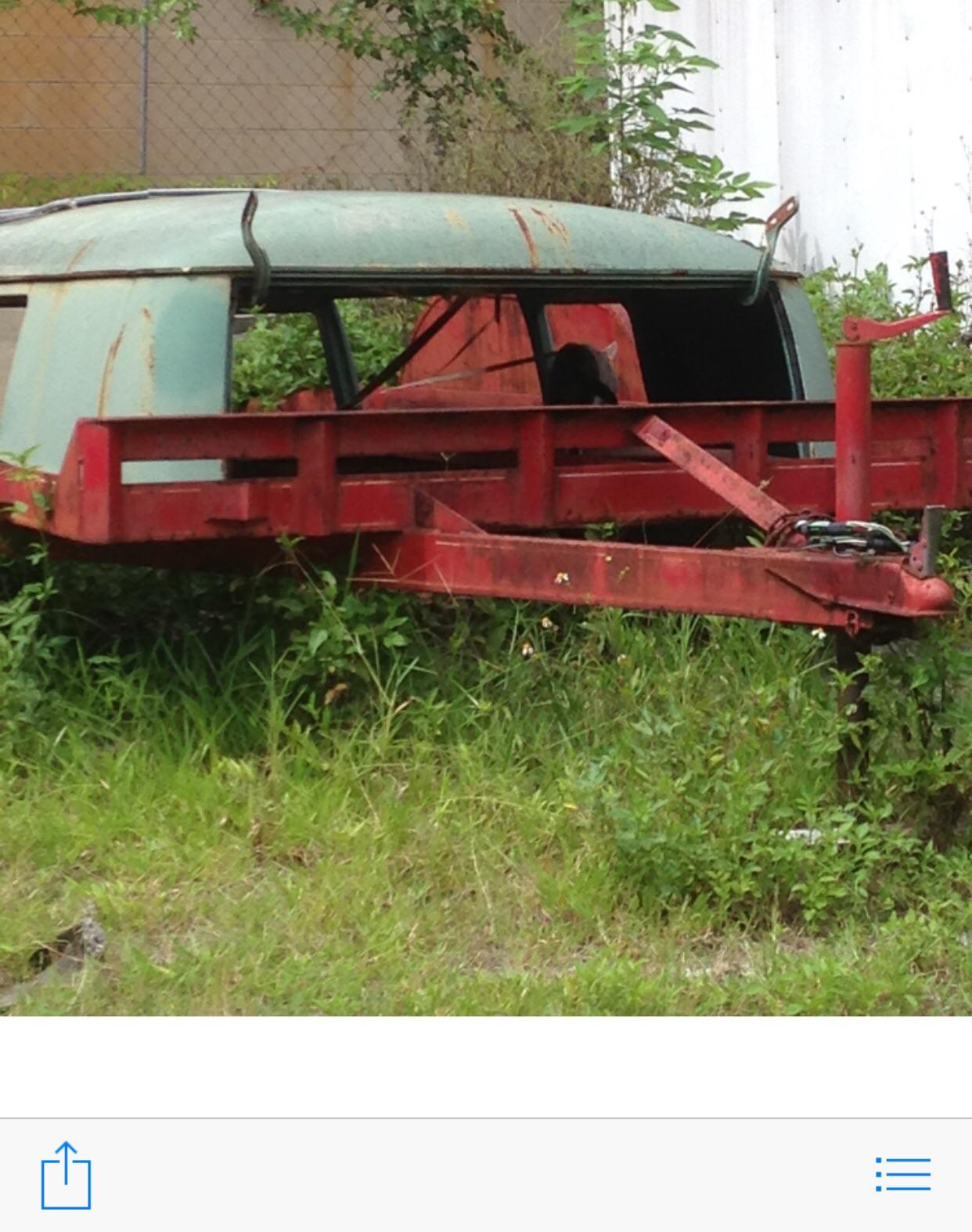 Stolen tandem axle trailer with Westy roof clip