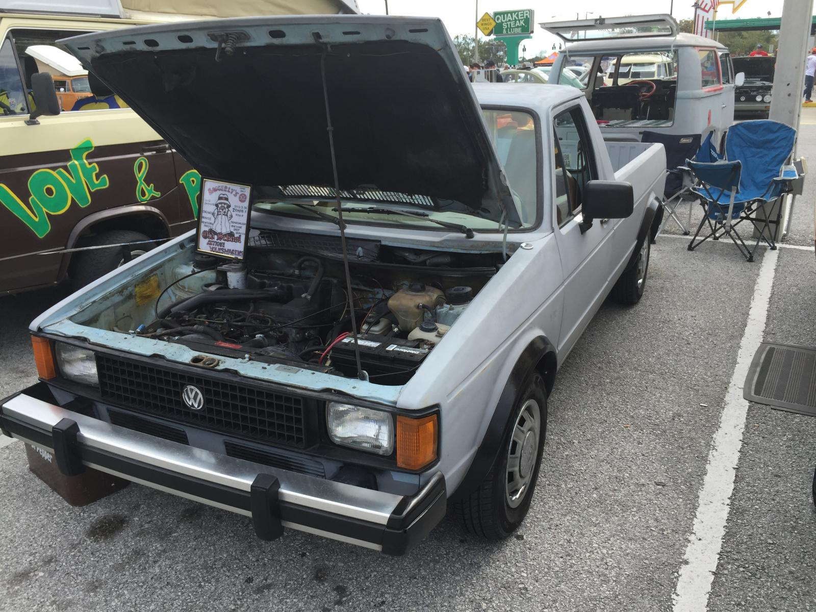 Caddy at Quaker Steak & Lube, 2015