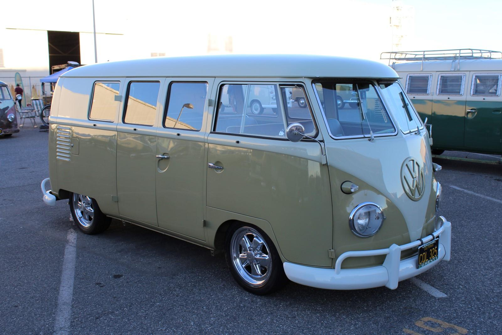 Mango Standard Microbus