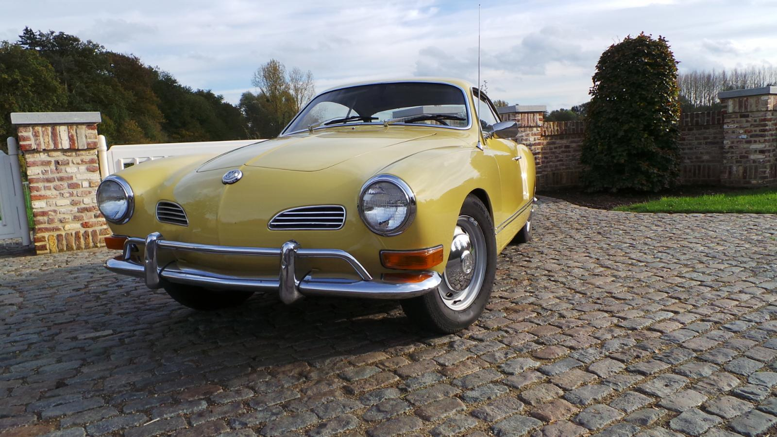 Thesamba gallery pampas yellow karmann ghia 1970 coup pampas yellow karmann ghia 1970 coup publicscrutiny Image collections