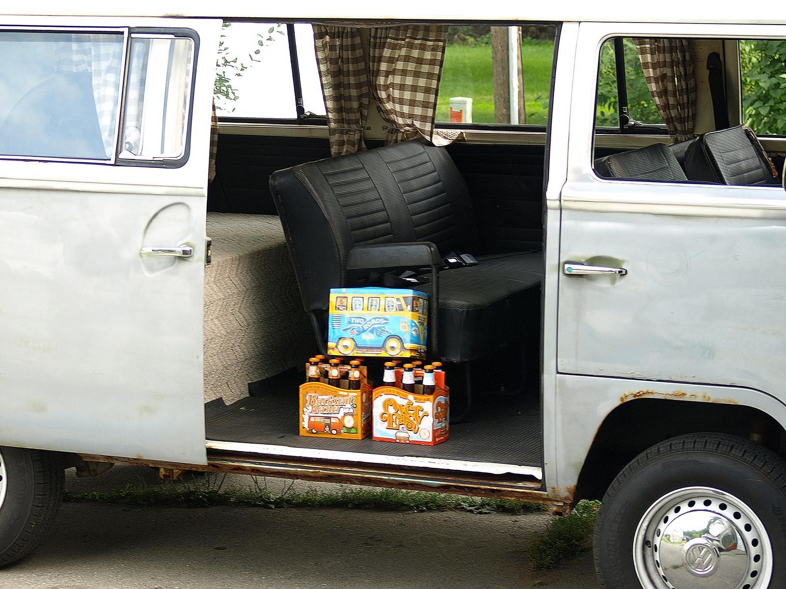 Bus Themed Beer in my Deluxe