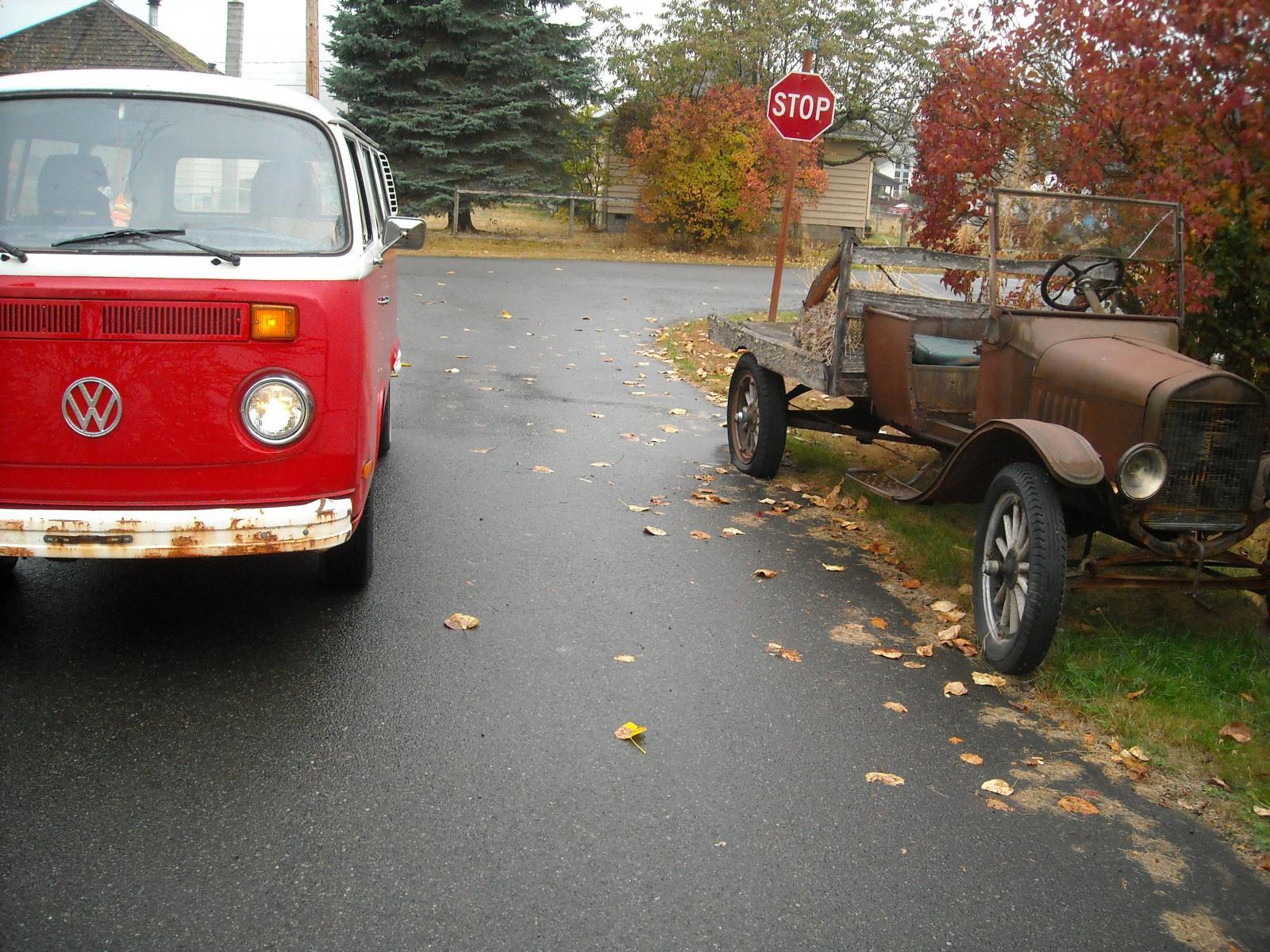 '76 Transporter w/Ford