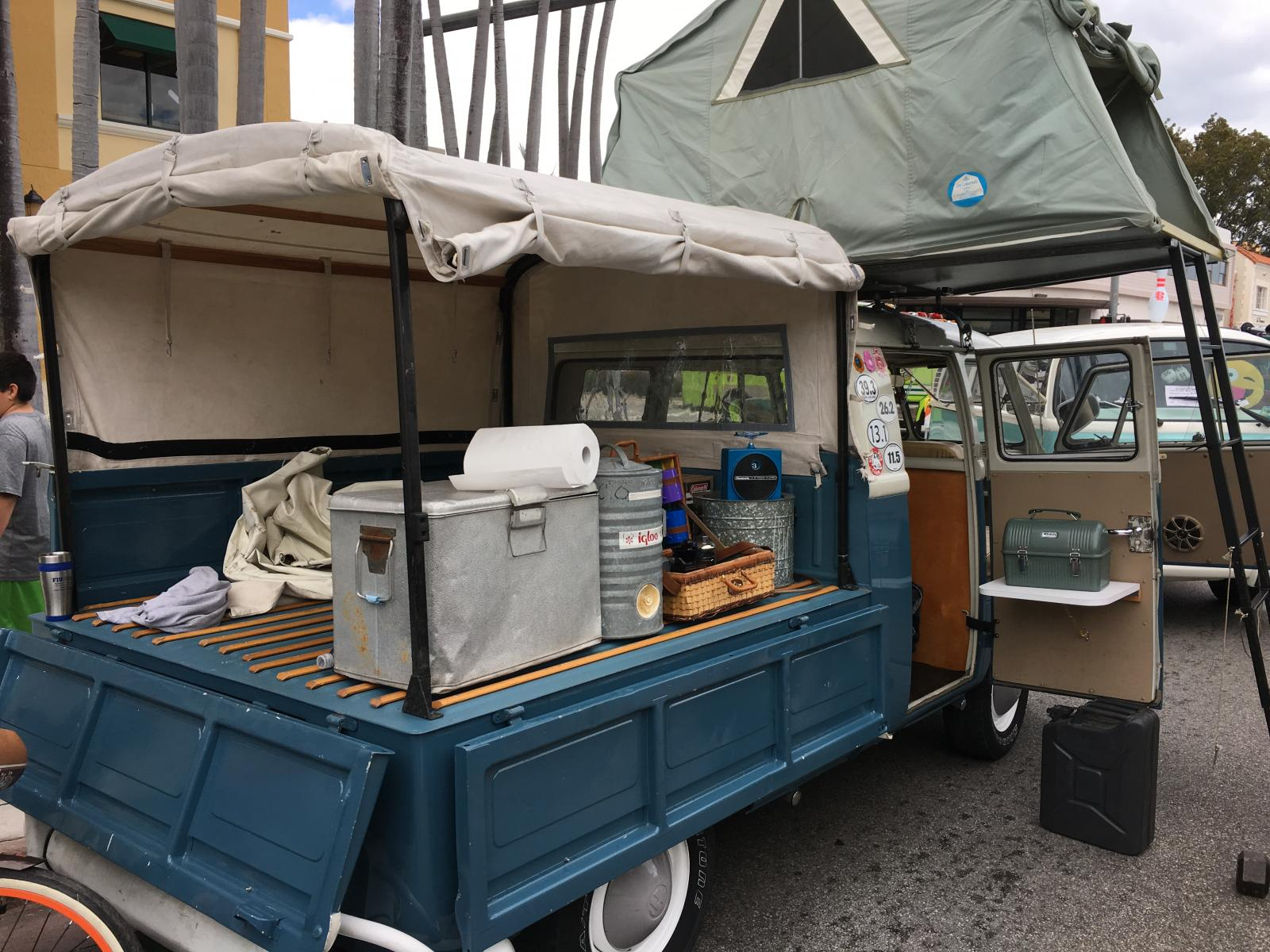 Double Cab with roof tent