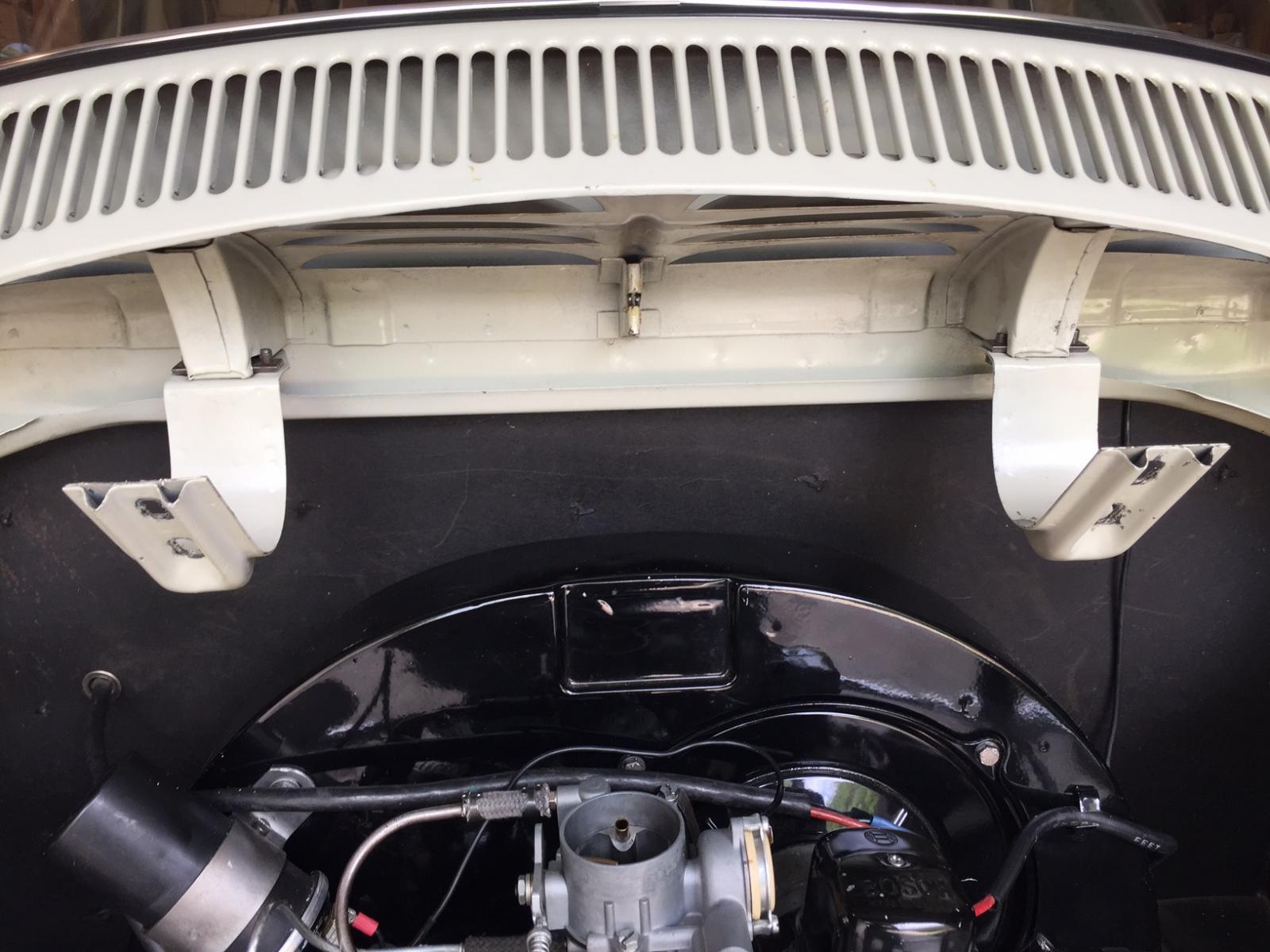 Engine Lid Fit