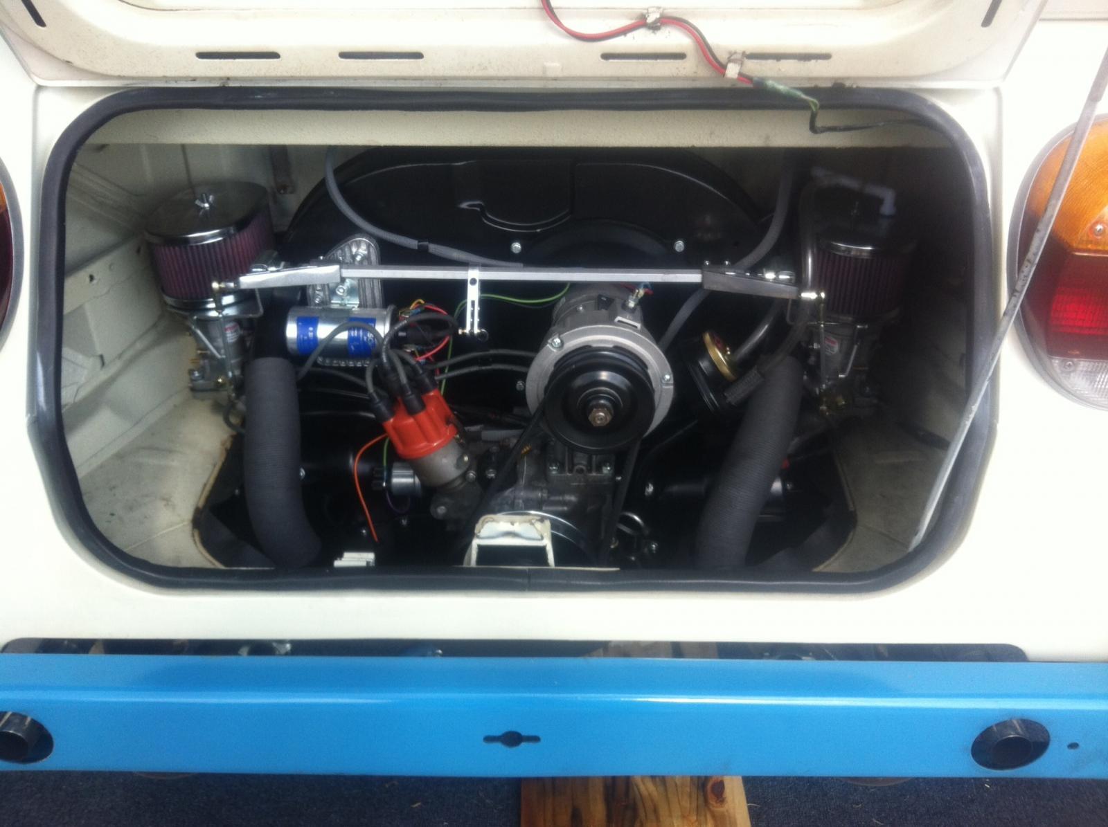 2110cc engine view