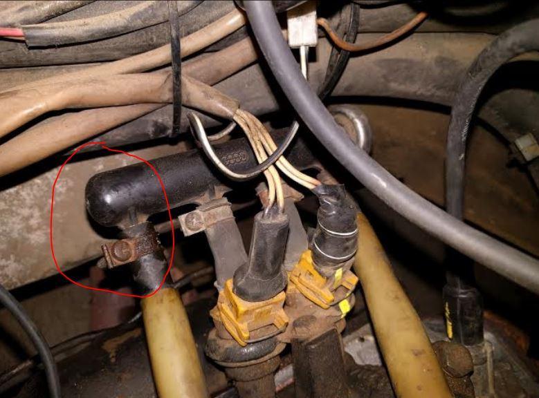 drivers side fuel rail