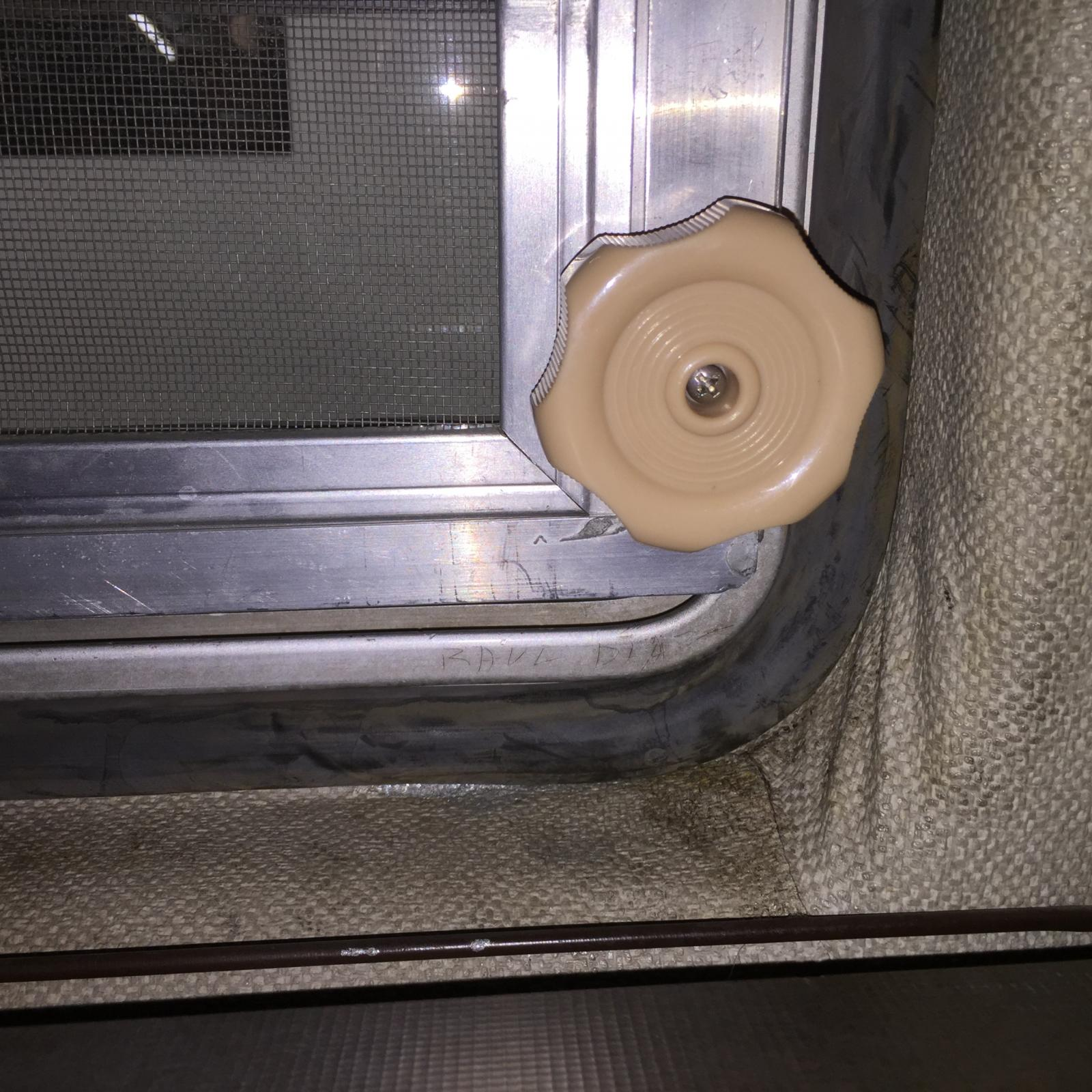 More jalousie window action