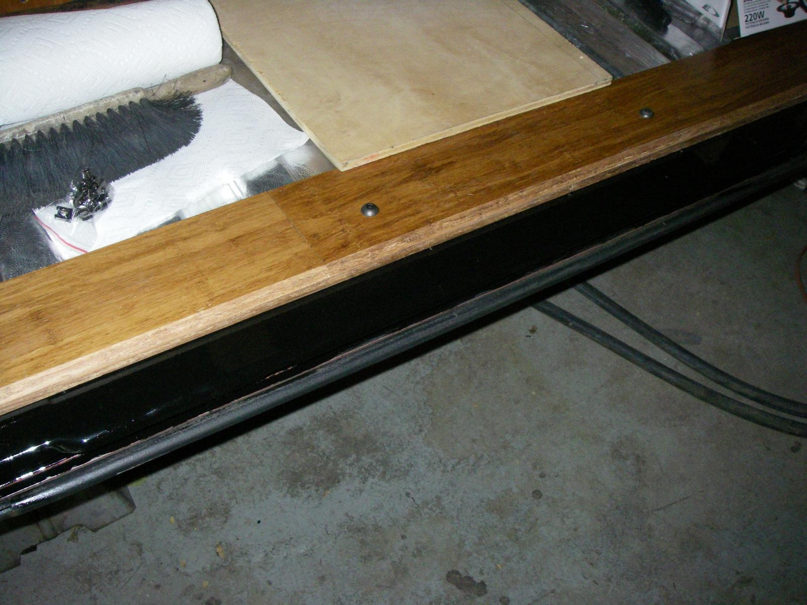 Thesamba Gallery Clean Up Of Sliding Door Lower Track And