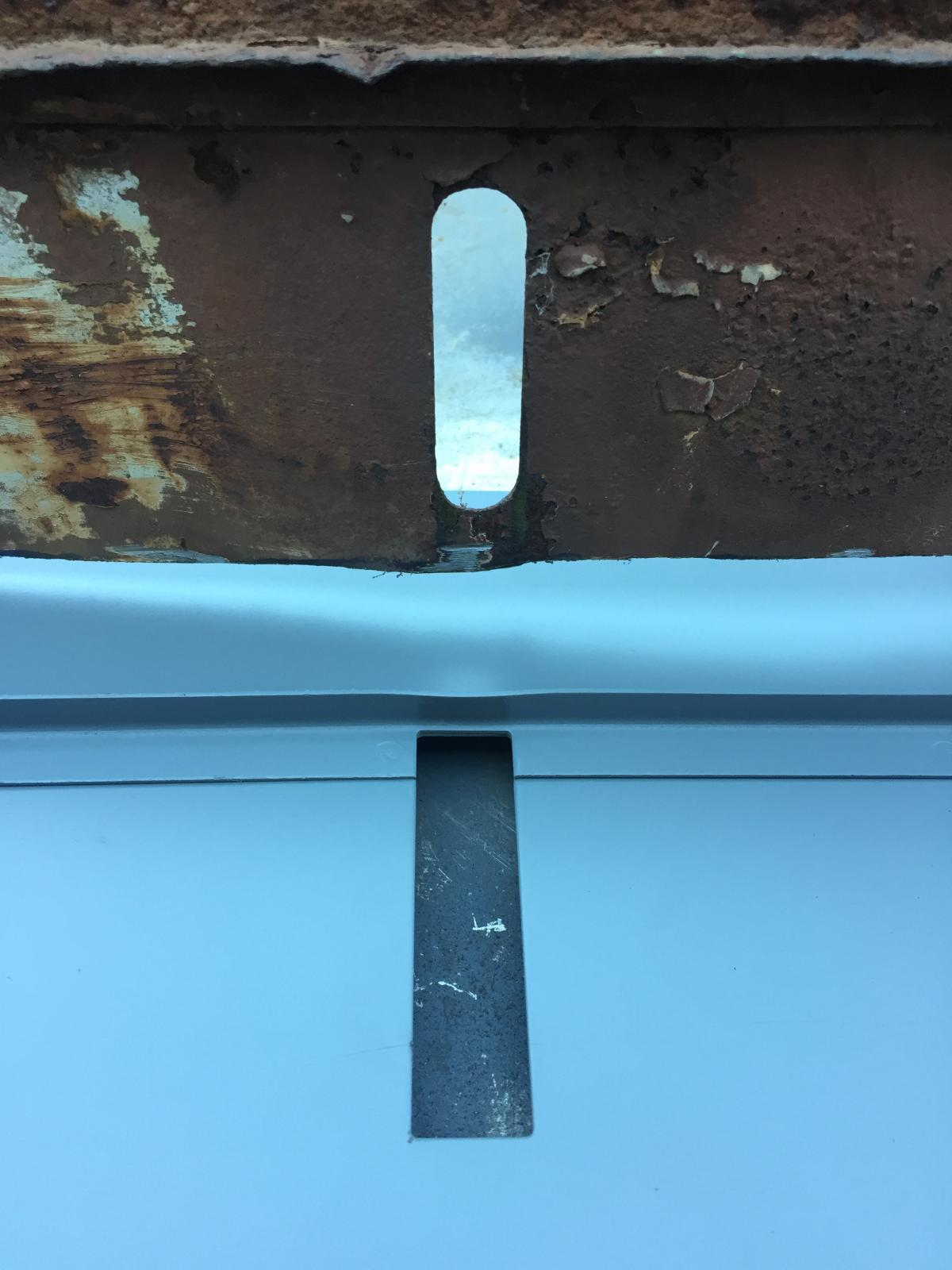 Pressed bumper bracket slotted hole vs later style big bumper slotted hole