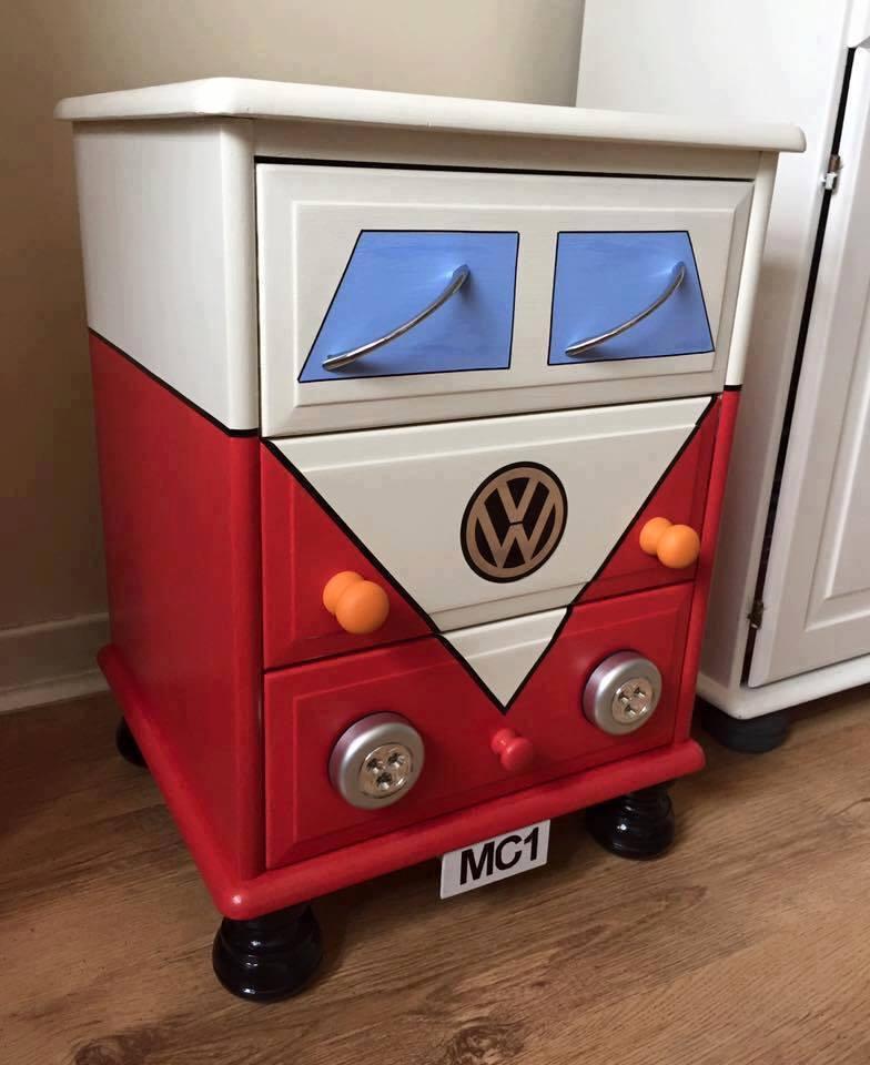 Bus Dresser