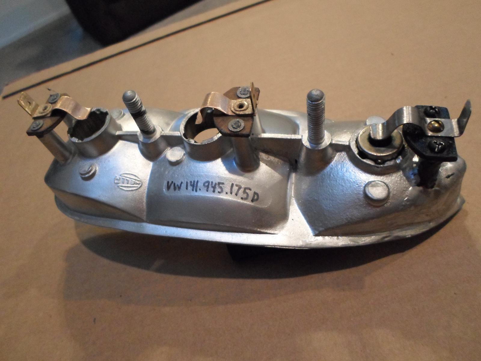 Connecteur feu arrière 1614644