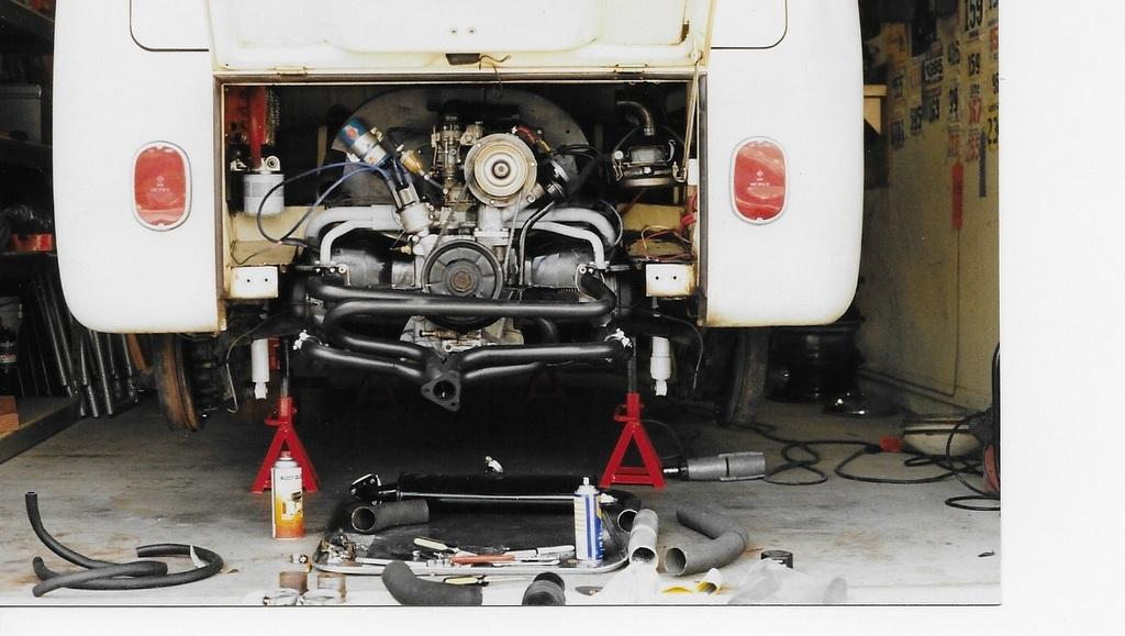 1966 Bus Exhaust - Extractor
