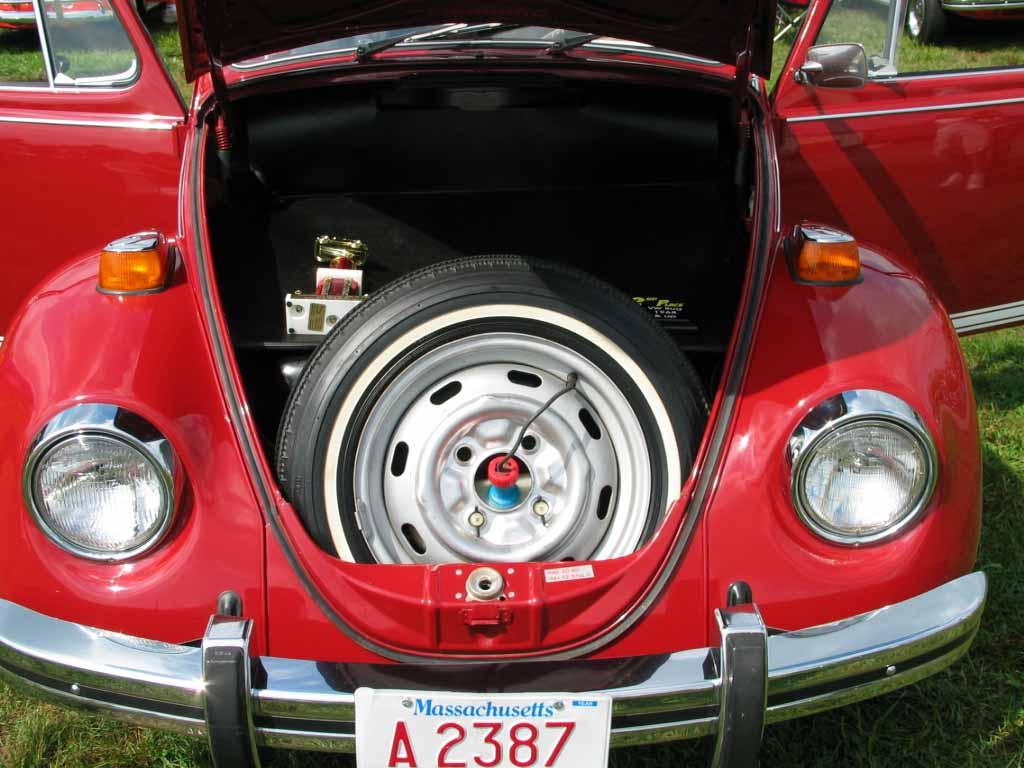 The difference between a Super Beetle & Standard Beetle