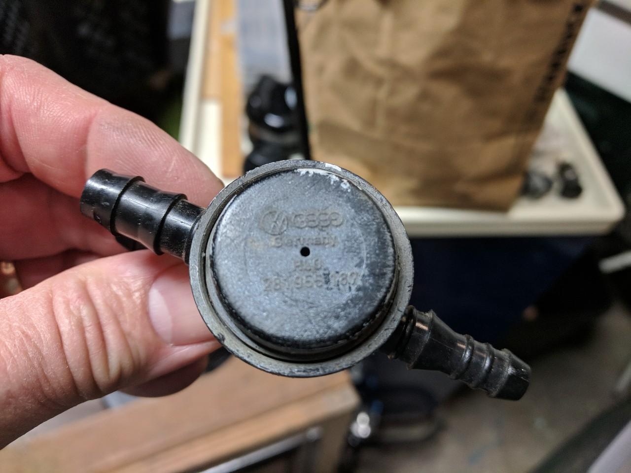 T3 head light washer splitter