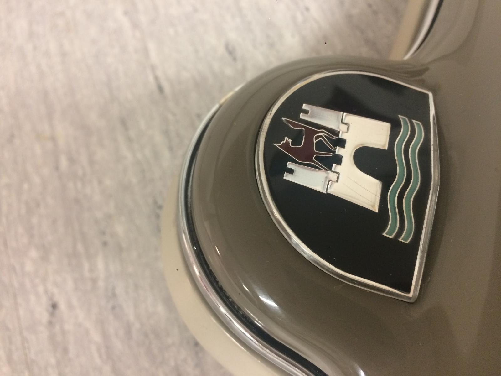 Steering wheel 1959 (original paint), rechromed horn ring and NOS horn button