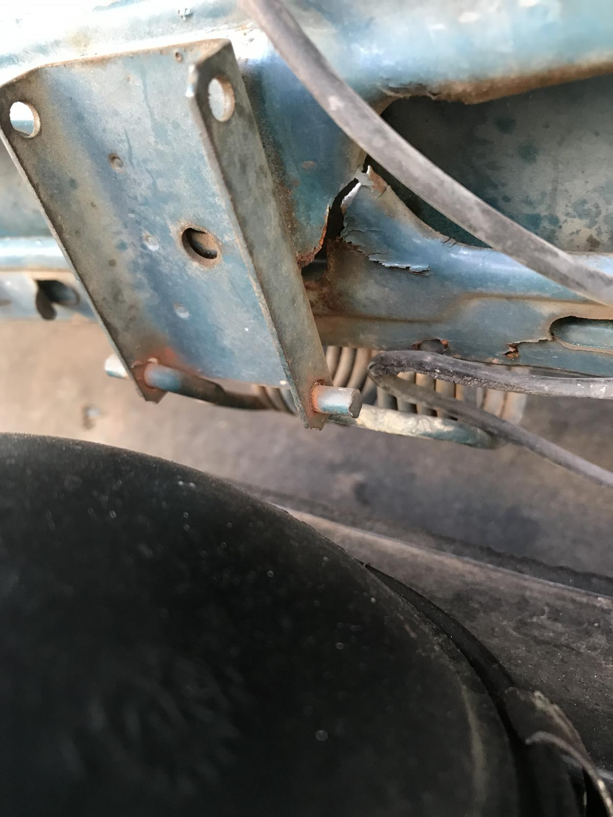 Deck lid cracks