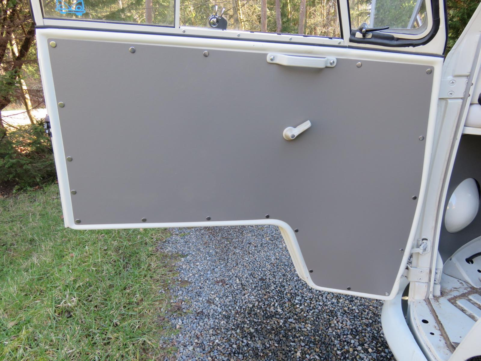 installed panels in a 67 kombi