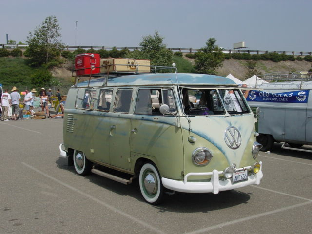 check out the old volks bus in this music video LIVE OUT LOUD!!
