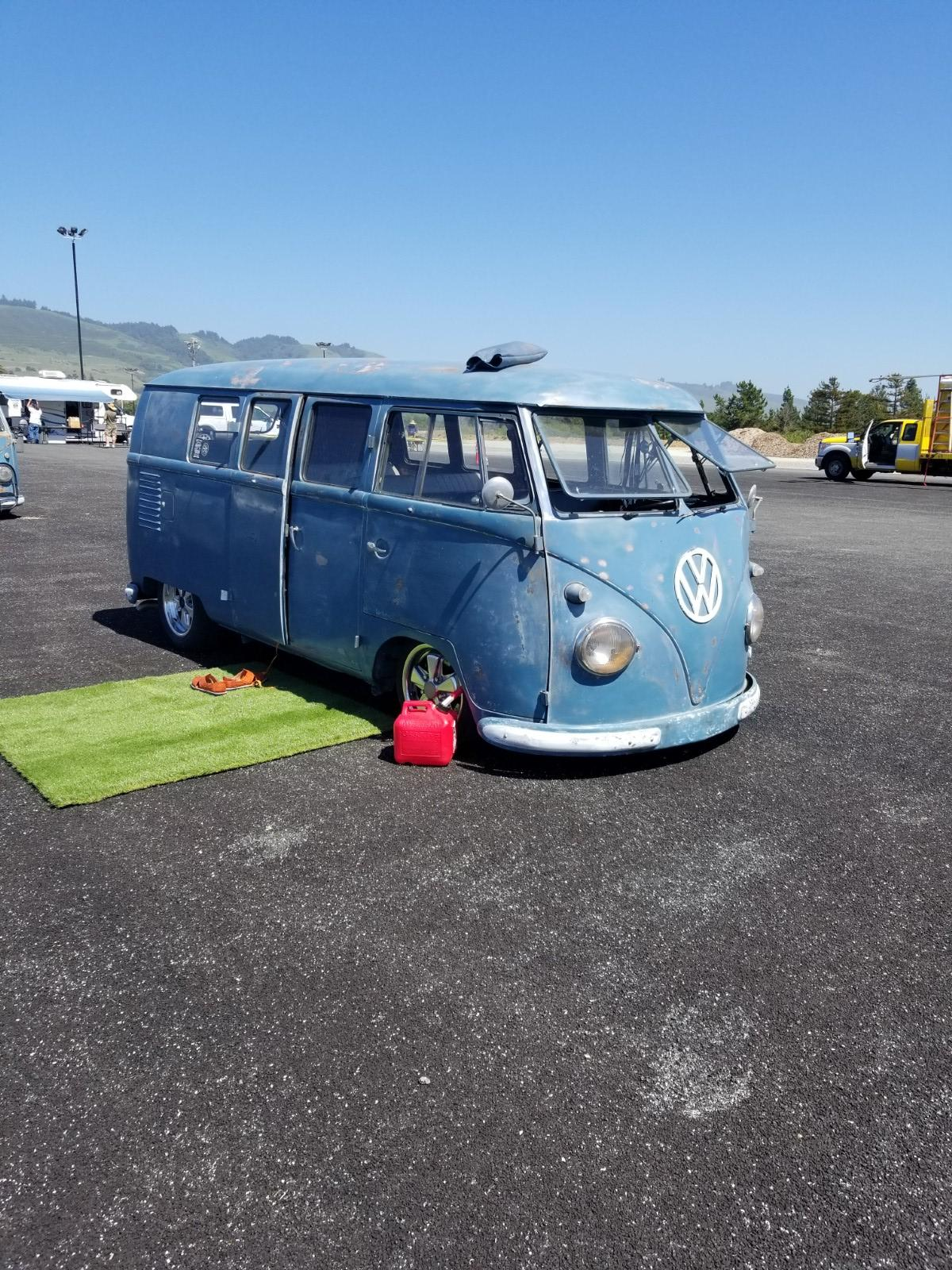 Dove Blue Kombi at Red Barn 2018