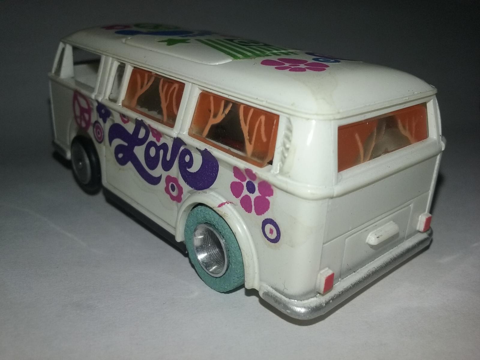 TYCOPRO Love Bus Slot Car
