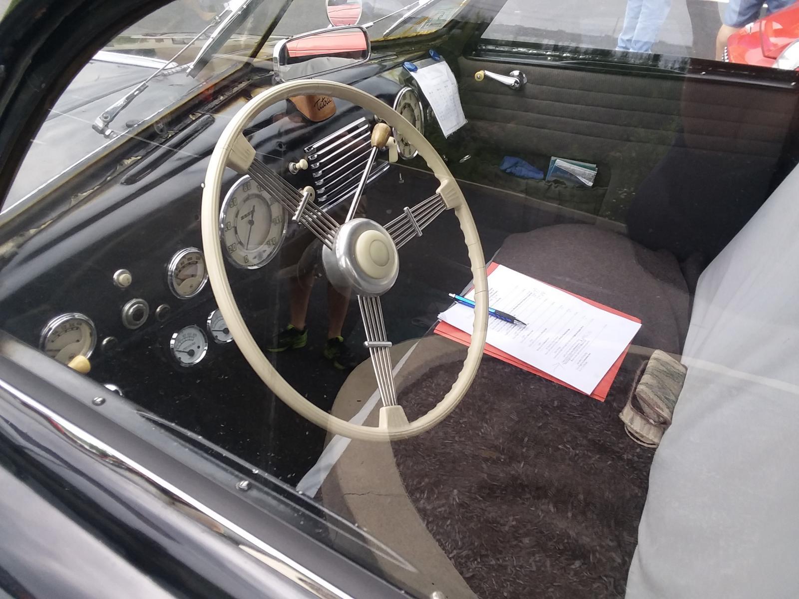 1949 Tatra T-600