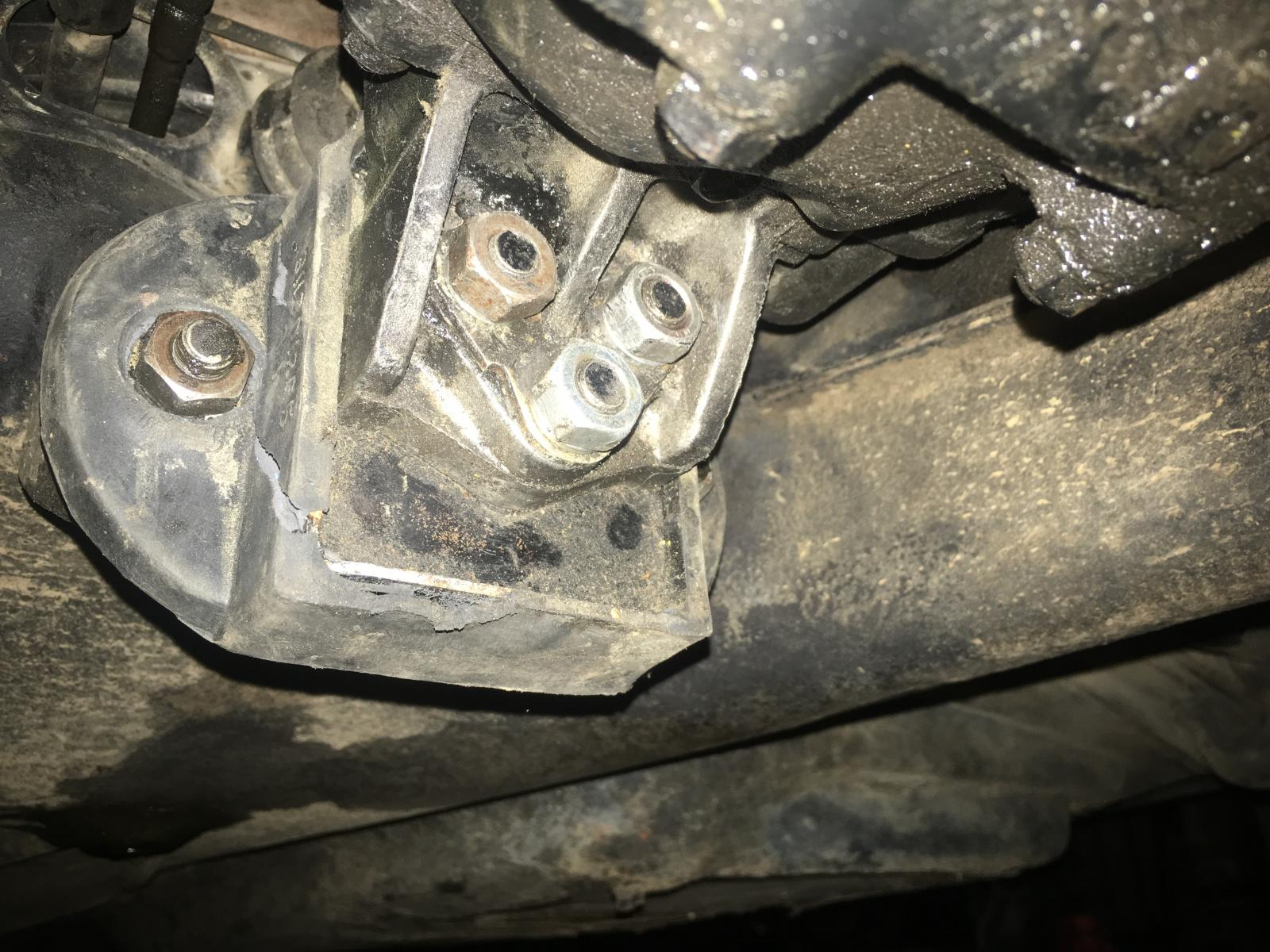 Busted ass trans mount