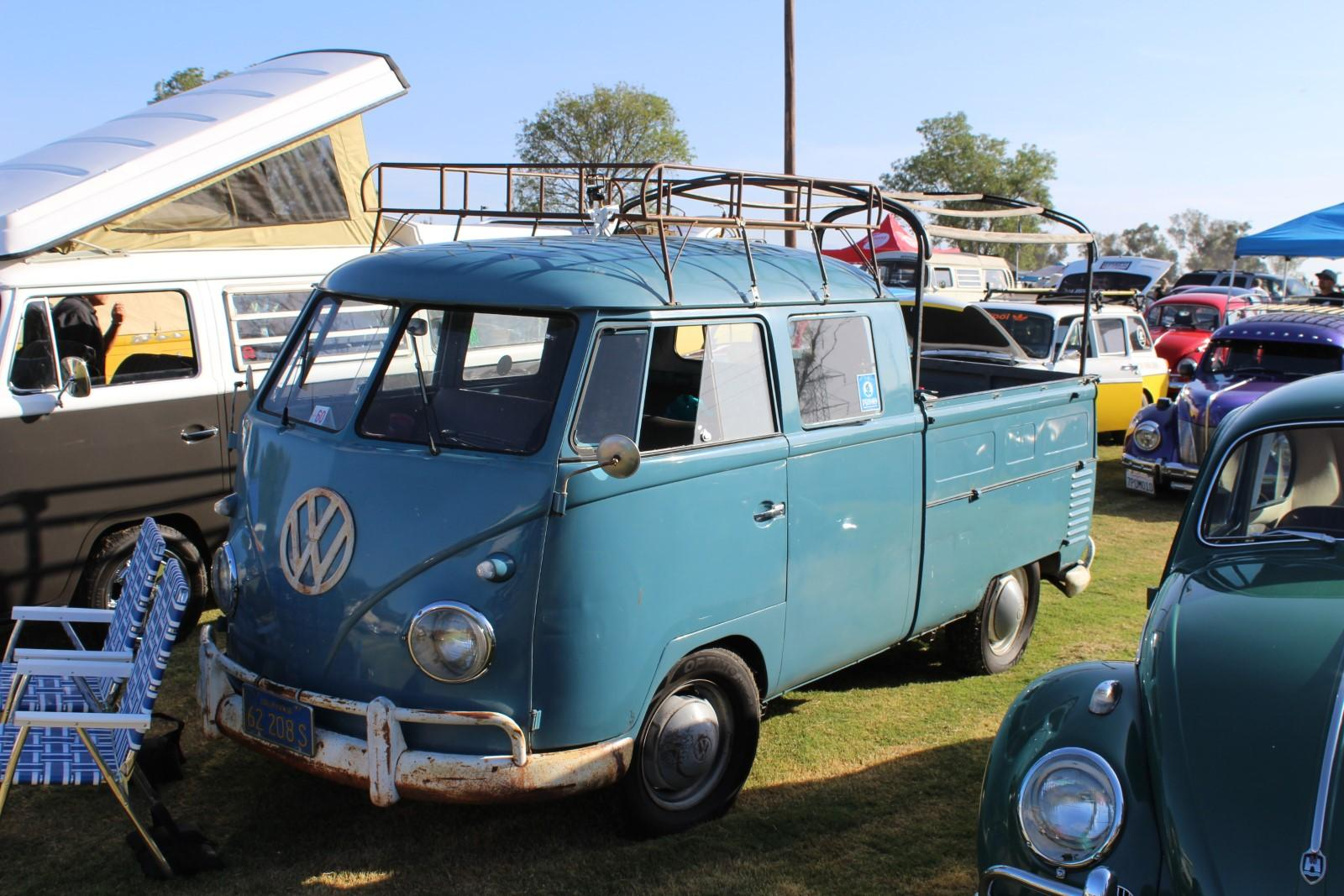 Seamed Gate Dove Blue Double Cab