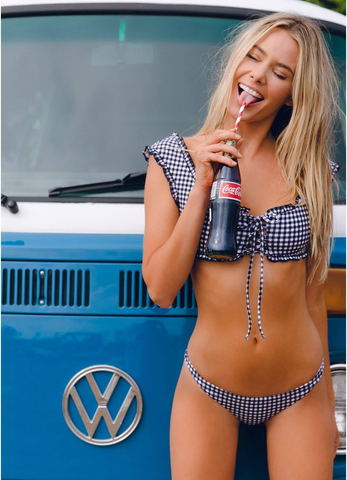 VW COKE & A SMILE