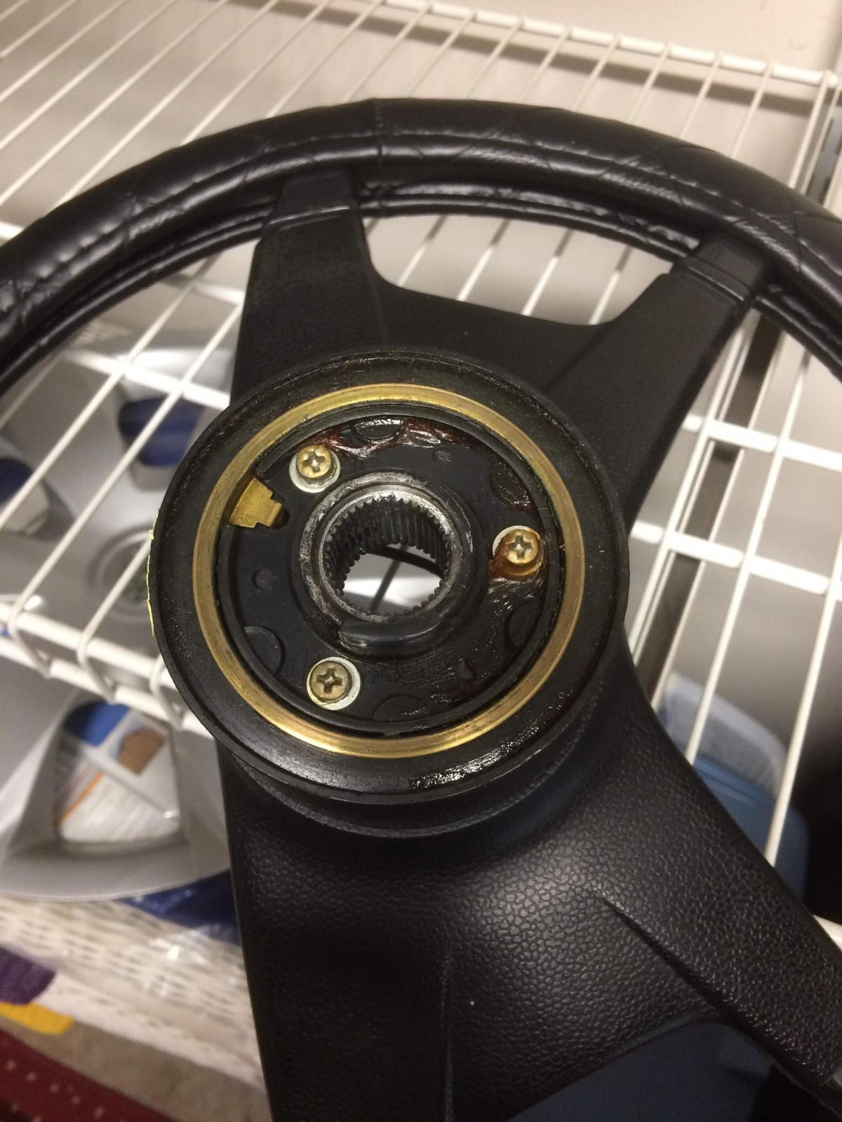 Steering Wheel Backside w/horn ring