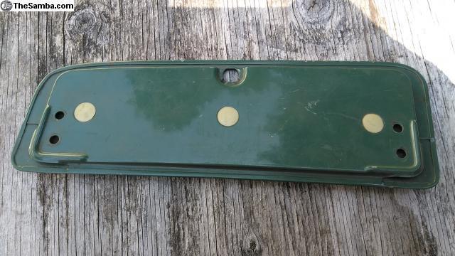 L419, ceramic green glove box door