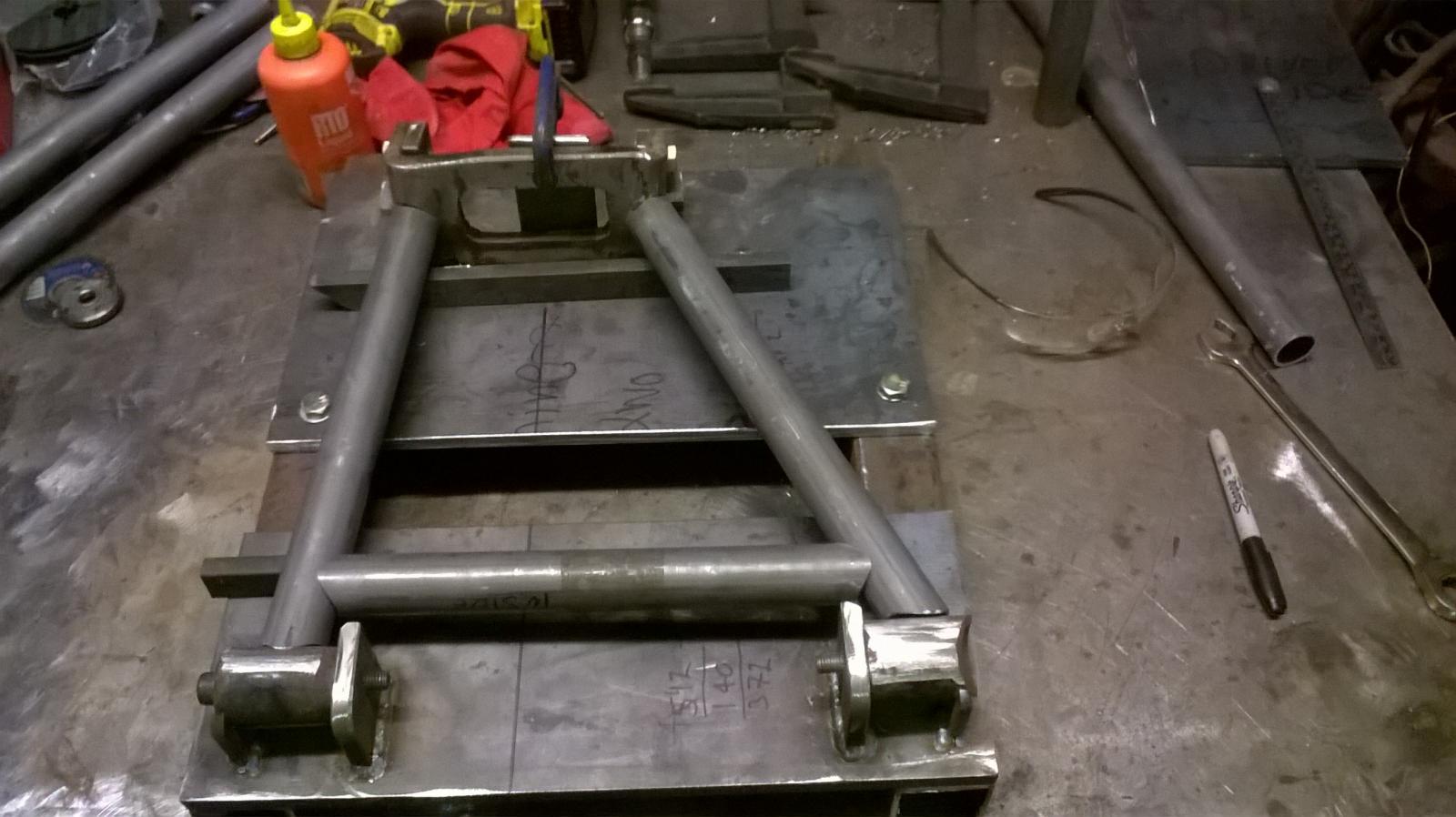 custom xj40 rear wishbones