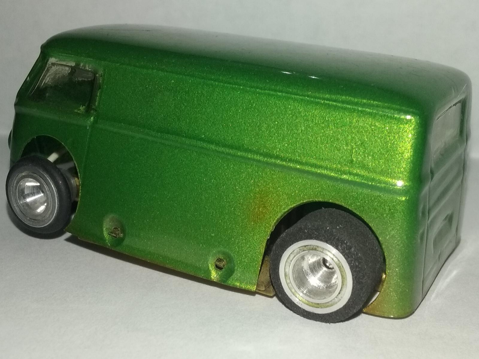 Riggen HO Scale VW Bus Slot Car