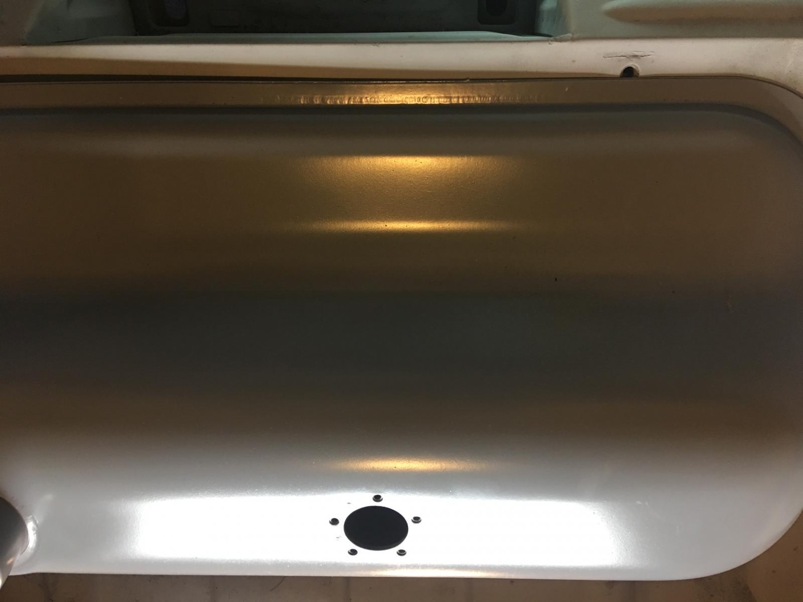 caoutchouc gris sous le tableau de bord (parois verticales)  1837479