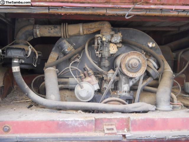 1964 engine - left air cleaner