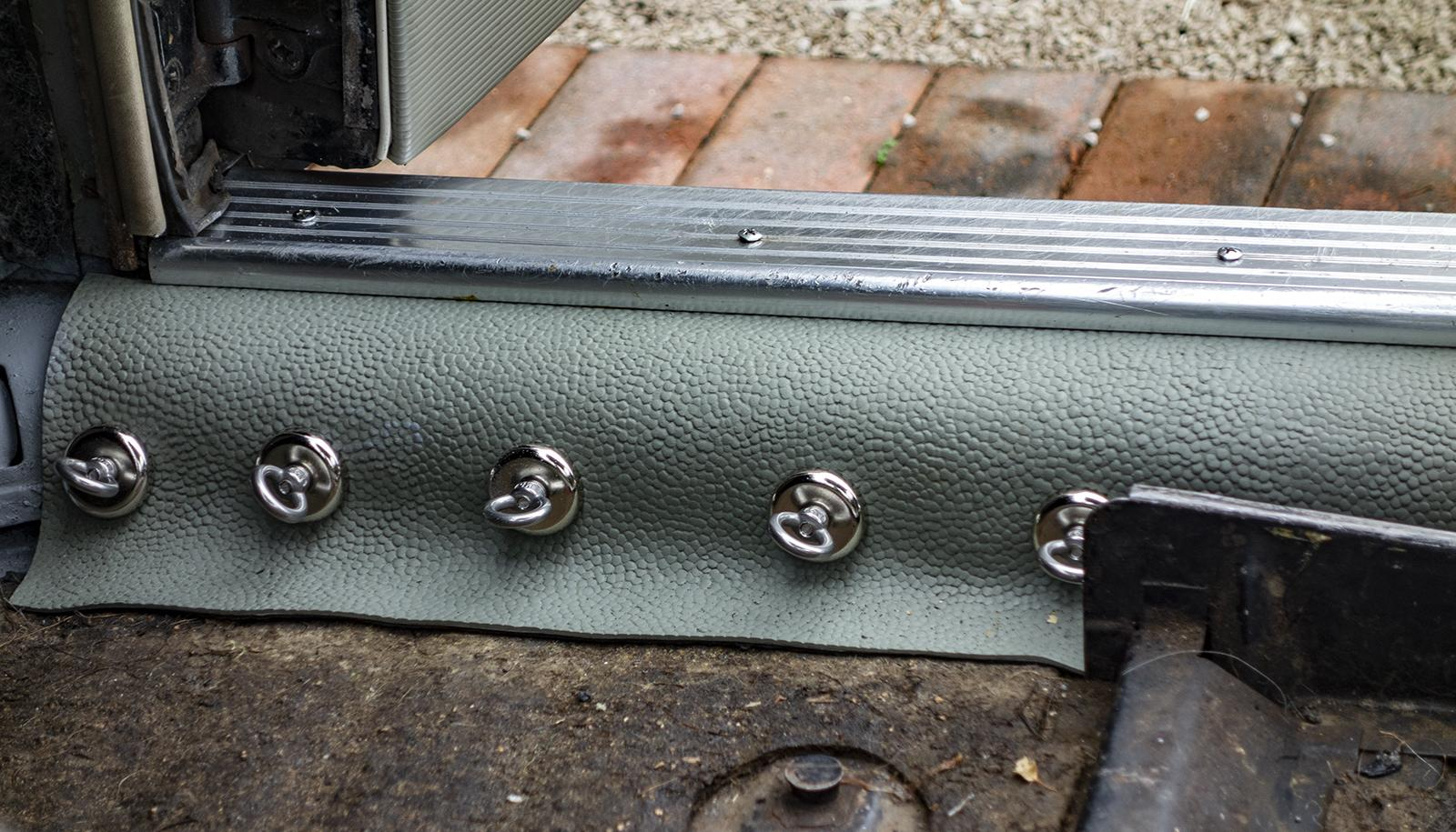 Lowlight Rubber Mat Set.