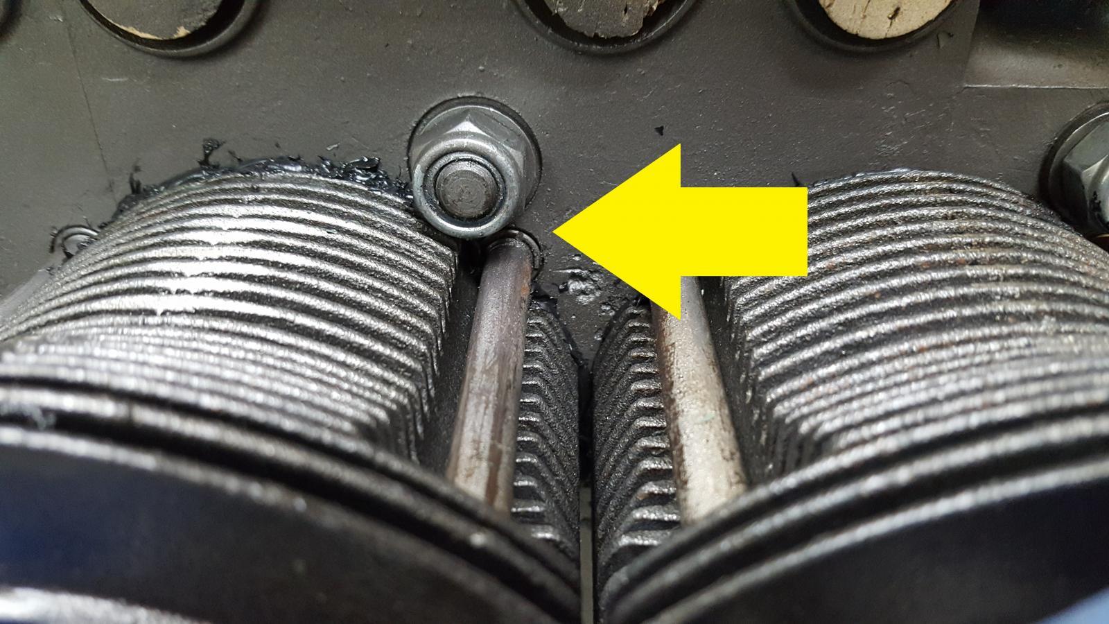 Cylinder heat deflector problem