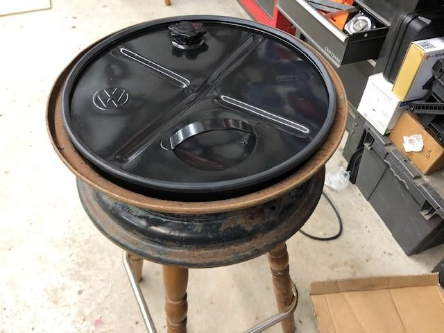 "Correct rim for 15"" gas can"