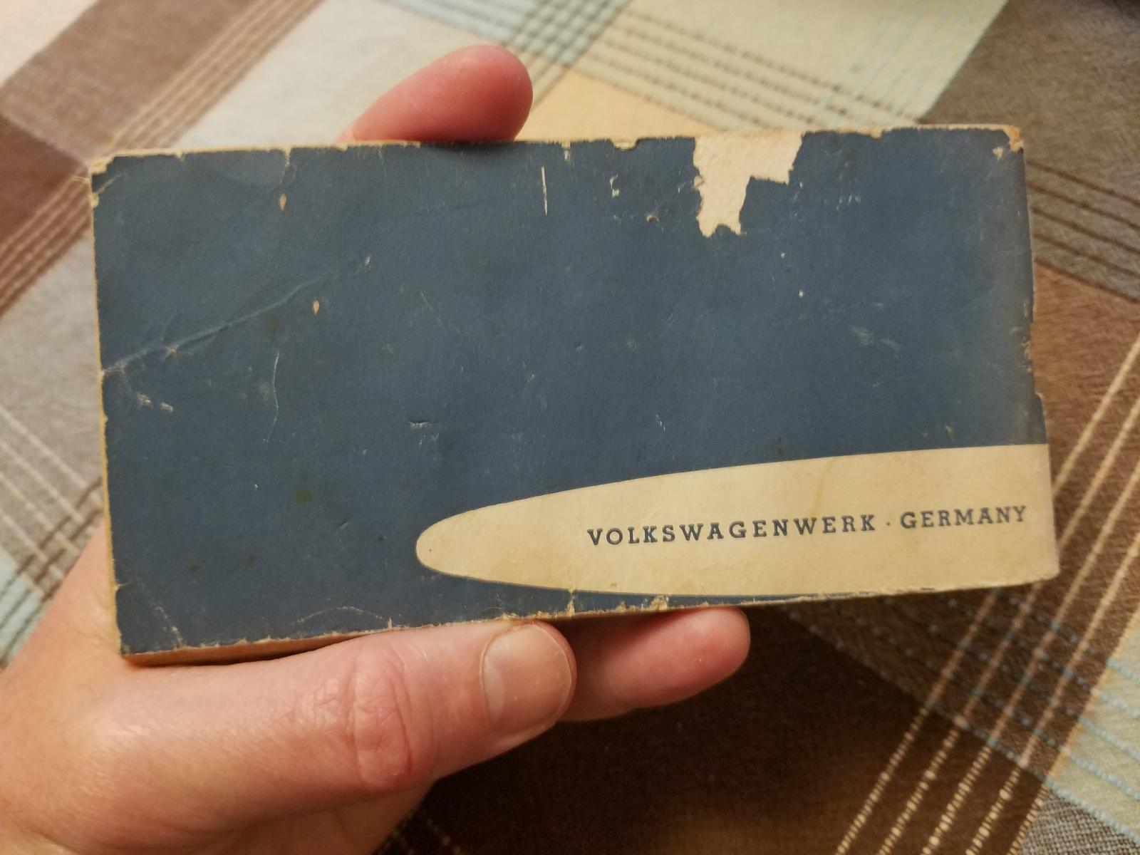 (1961?) Volkswagen booklet: Distributors and Dealers in Canada, USA and Mexico