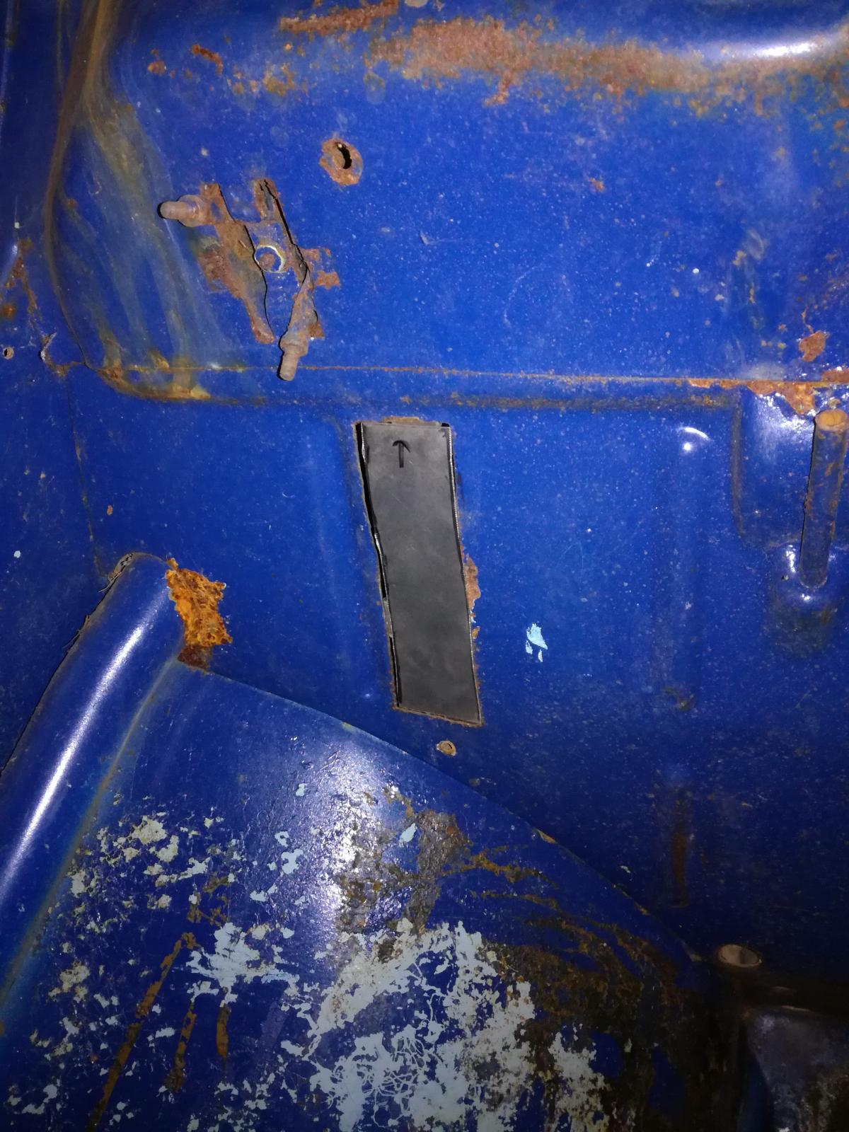 Résurrection de mon 60 strato blue! 1880363