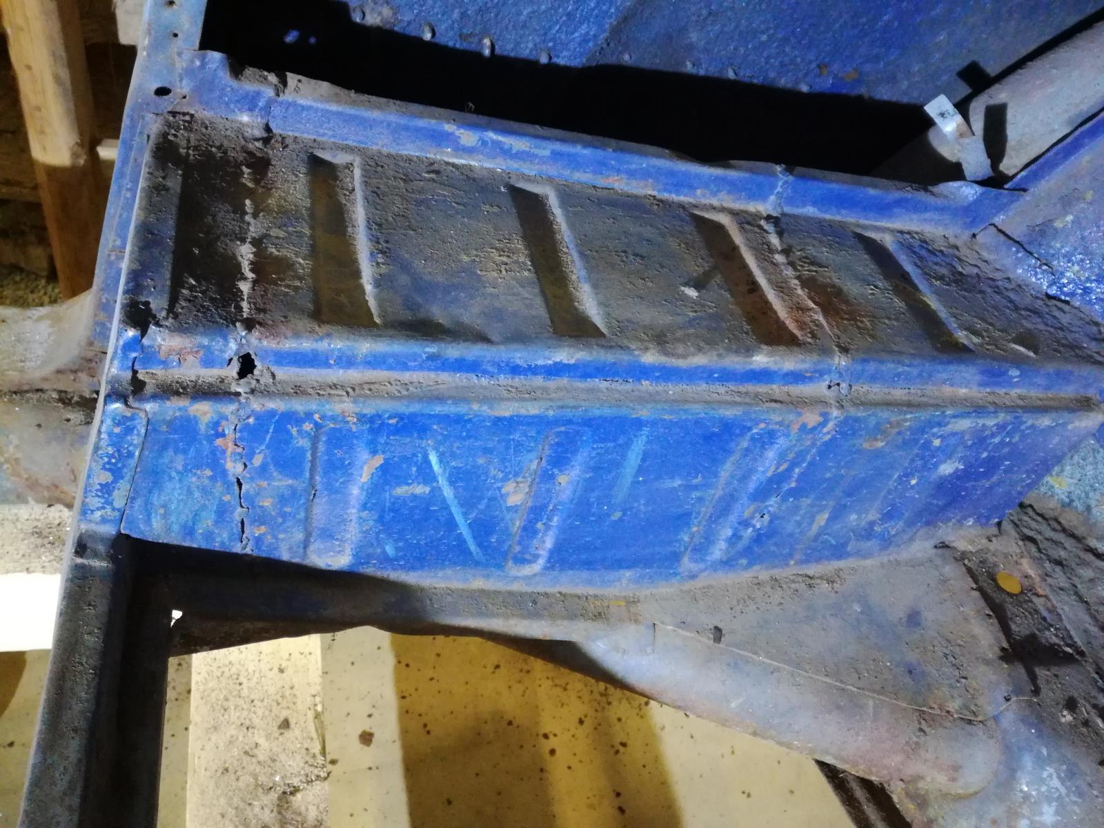 Résurrection de mon 60 strato blue! - Page 2 1880385