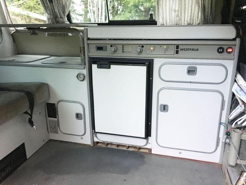 Changing Truckfridge door panel